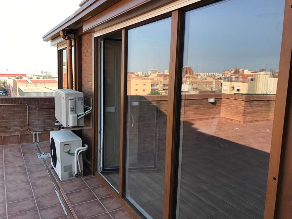 Cerramiento de terraza de PVC en Cornellá